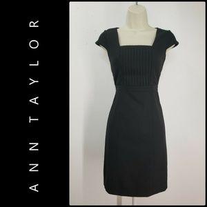 Ann Taylor Woman Sheath Dress Size 00P Black